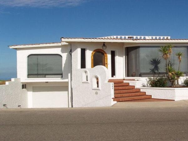 Beachfront House Vacation Rentals in Ensenada