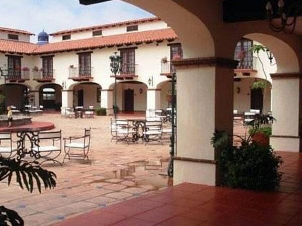 Stay at a Ensenda Oceanfront Golf Resort